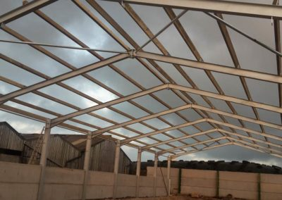 Steel roofing construction